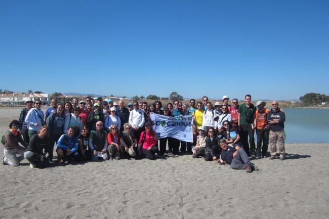 Estudiantes, PAS y PDI de la UAL visitan paisajes del agua del levante almeriense