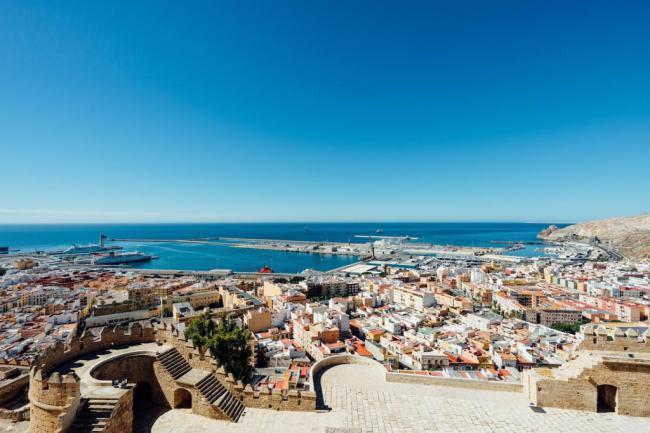 La Alcazaba acoge una conferencia sobre el origen portuario andalusí de la ciudad de Almería
