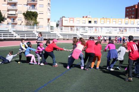 Unos 10.000 escolares participan en el programa 'Escuelas Deportivas'