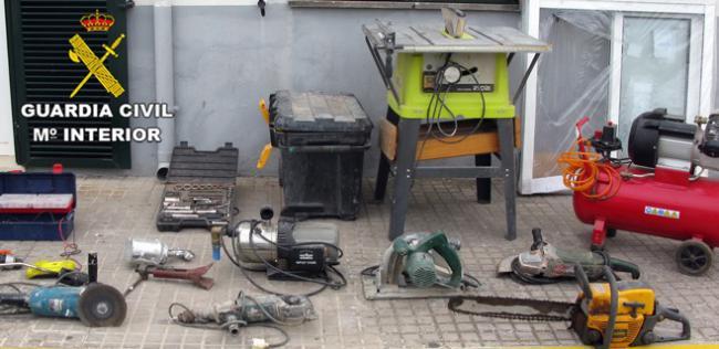 Detenidos por robar en casetas de obras en el Poniente