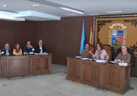 El PP de Garrucha exige al menos 120.000 euros al Ayuntamiento para reactivar la economía local