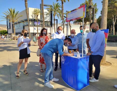 El alcalde de Almería dice que el rechazo a los indultos 'es generalizado'