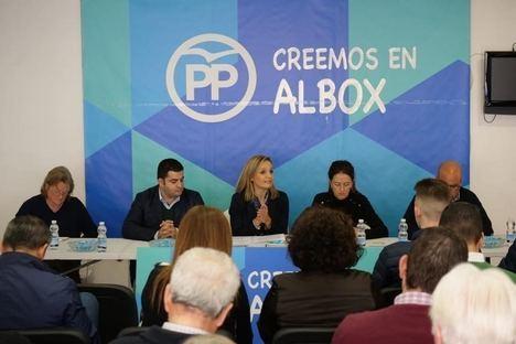"""El PP Albox se reúne con afectados para tratar el tema de las """"casas ilegales"""""""