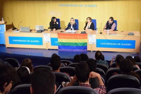 La UAL celebra el Día contra la Homofobia abanderando los estudios sobre sexualidad