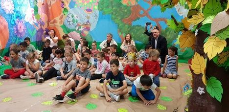 Los 670 escolares del CEIP Las Marinas participan en las XXVI Jornadas de Animación a la Lectura