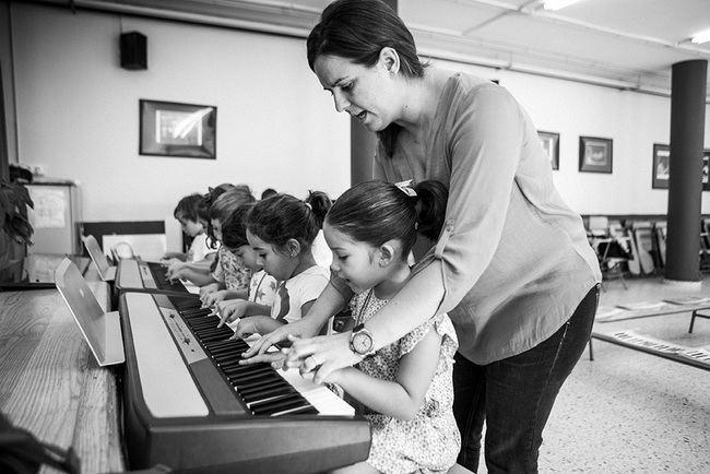 La Fundación Barenboim-Said imparte un curso de iniciación a la música en Almería