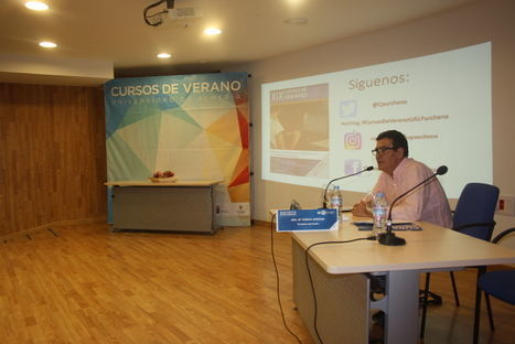 Emilio Calatayud reivindica en el Curso de Verano de Purchena un 'Pacto por el Menor'