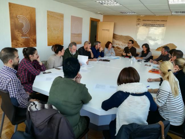 Comienza la negociación del convenio del comercio textil en Almería