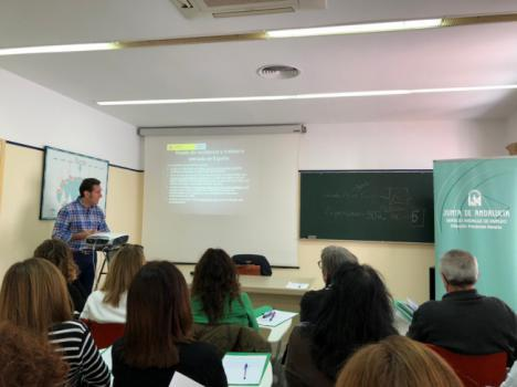 Técnicos de Andalucía Orienta y el SAE se forman para la orientación laboral a inmigrantes