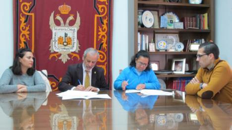 El Ayuntamiento de Vera subvenciona con 8.000€ la labor solidaria de HUDEA