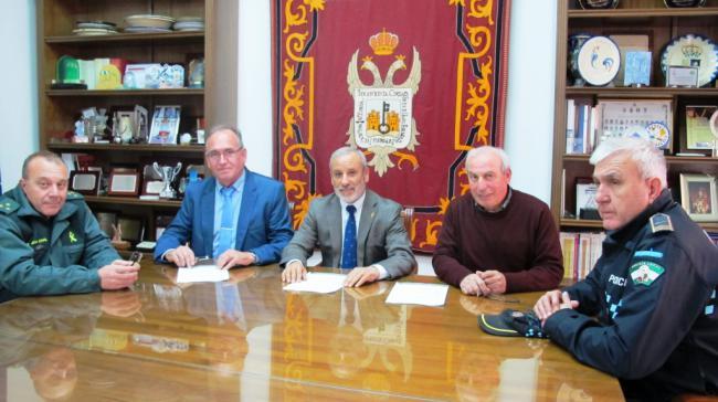 Vera es el primer Ayuntamiento andaluz que firma un convenio con SOS Desaparecidos