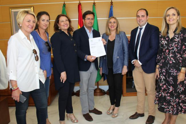 El alcalde de El Ejido recibe las obras del Parque Forestal Cañada de Ugíjar