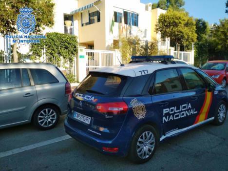 Detenidos dos menores tutelados pro un 'tirón'