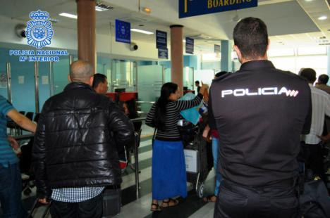 La Policía Nacional detiene a un prófugo belga en el puerto de Almería