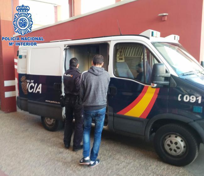 La Policía Nacional detiene a los atracadores de una administración de lotería de Almería