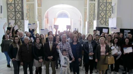 """El V Proyecto """"Mirando Atrás"""" de Vera fomenta la comunicación intergeneracional"""