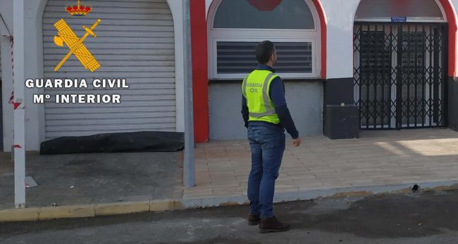 La Guardia Civil detiene al autor de un robo con fuerza en un pub de Almerimar