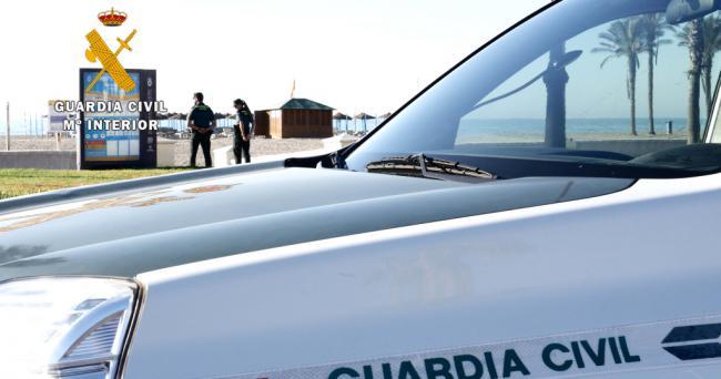 Guardia Civil evita que una embarazada se autolesione en Roquetas