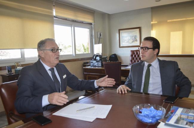 El presidente del Puerto mantiene un primer encuentro con la Diputación