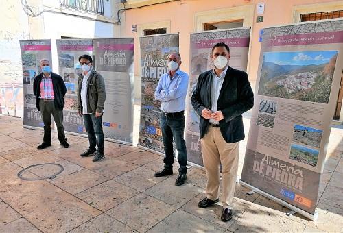 El IEA promueve una exposición y un documental sobre el uso de la piedra seca