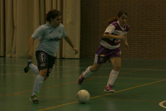 El fútbol sala femenino de El Ejido va a por la permanencia