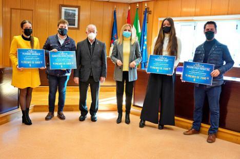 Floristería Divina Pastora y Playmobil Aguadulce, ganan el Concurso de escaparates en Roquetas