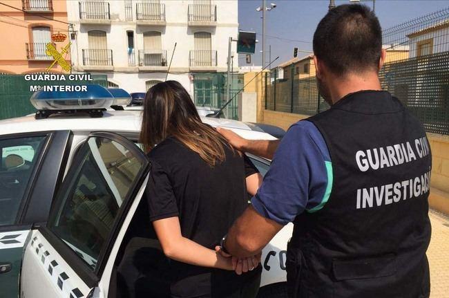 Detenida por usar la tarjeta robada del interior de un vehículo en Vera