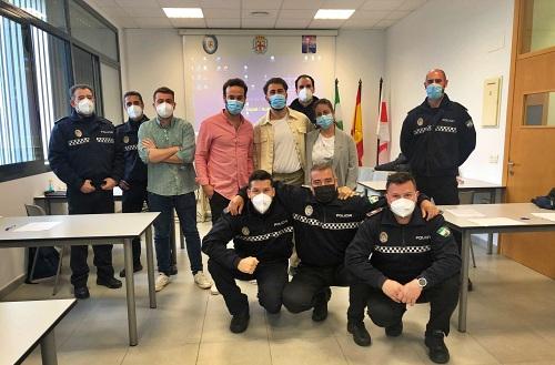 Salud Mental de Torrecárdenas capacita a la Policía Local de Almería
