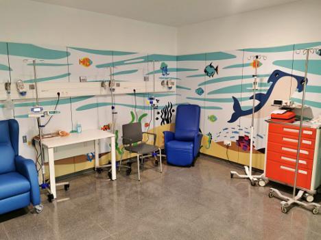 El mar llega al Hospital de Día Oncológico del Materno Infantil Torrecárdenas