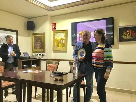 """El Círculo de Albox acoge la presentación de """"Más allá del cementerio azul"""""""