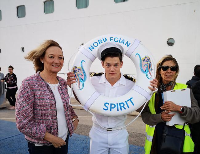 Primera visita del crucero Norwegian Spirit a Almería