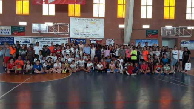 200 Participantes En El II Torneo Juegos Escolares Intercentros De Vícar