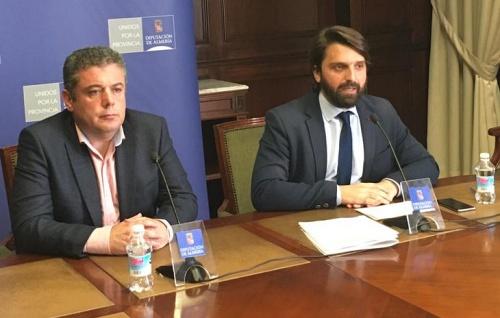 Vox presenta mociones para impulsar internet y el transporte en la provincia
