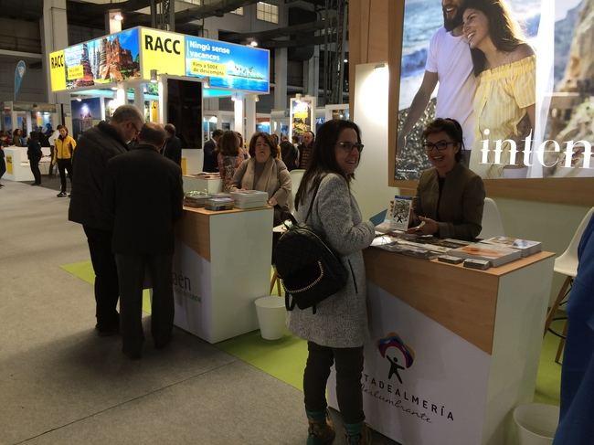 'Costa de Almería' se acerca al mercado catalán en la Feria B-Travel