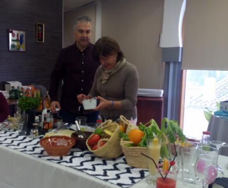 Concluyen los talleres de cócteles saludables organizados en el 'Día Mundial Sin Alcohol'