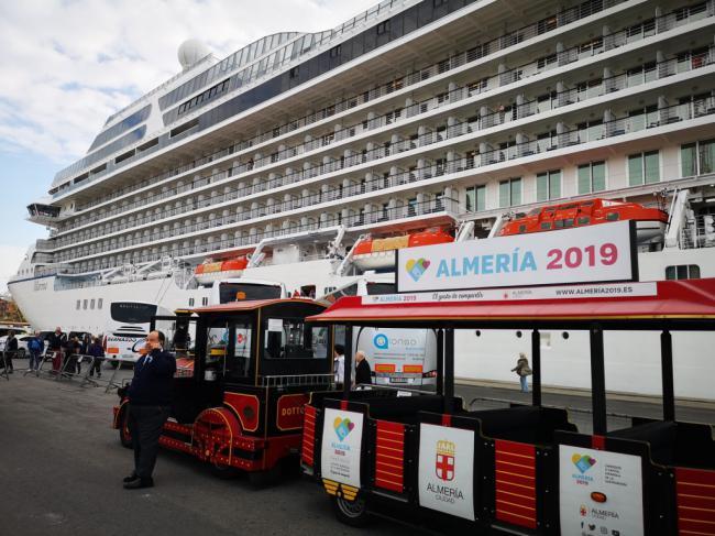 El Puerto promocionará Almería en la feria de cruceros más importante del mundo