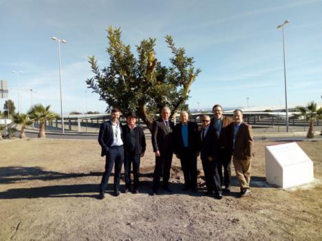 El Aeropuerto de Almería celebra su 50 aniversario con los jubilados