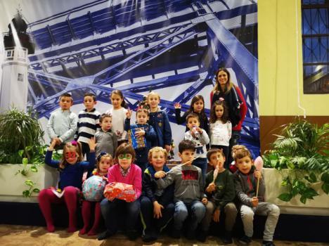 El Comité de Empresa de la Autoridad Portuaria de Almería celebra una fiesta con recogida de juguetes