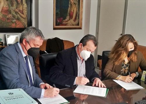 Torregrosa destaca el compromiso del Gobierno andaluz con los pueblos de Almería
