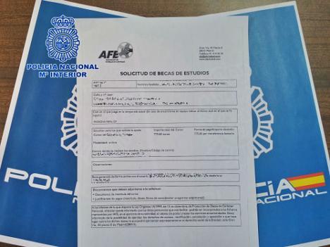 La Policía Nacional en Almería destapa un fraude en becas formativas a dos futbolistas en Granada y Jaén