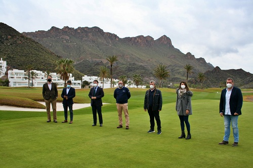 'Costa de Almería' conoce la oferta de 'Mundo Aguilón Golf' y 'Mar de Pulpí'