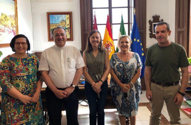 El Obispo de Getafe, el huercalense Monseñor Ginés García Beltrán, visita al nuevo Equipo de Gobierno