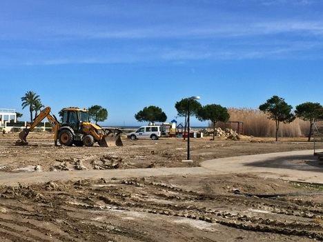 Los trabajos de salida de la Rambla del Algarrobo al mar avanzan a buen ritmo