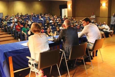 Amat preside la entrega de diplomas a los 283 trabajadores de los planes Emple@joven y Emplea30+