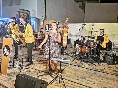 'We Love Jazz' de Diputación desembarca en Alhama de Almería al ritmo de 'The Jump Club'
