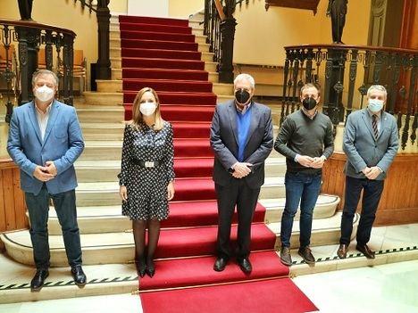 La Junta firma la cesión del inmueble de los antiguos juzgados al Ayuntamiento de Vera