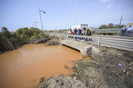 La Junta adjudica ya las ayudas a 46 ayuntamientos de Almería por la gota fría