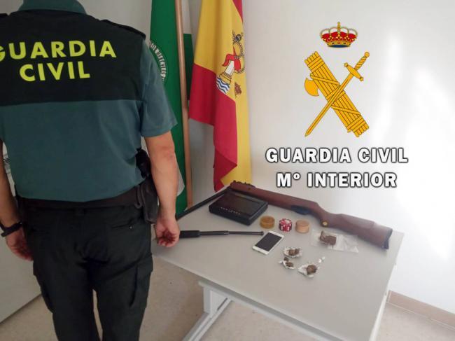 Investigados seis miembros de una misma familia por vender droga en su domicilio de Vélez Rubio
