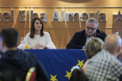 Diputación y Junta reúnen a dinamizadores Guadalinfo de Almería en la jornada 'Transferencia de conocimiento'