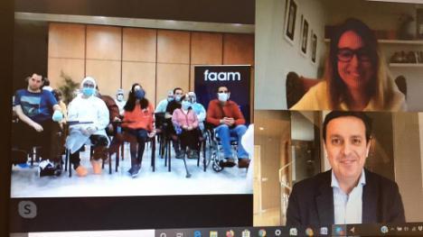 Videconferencia del presidente de Diputación con usuarios y trabajadores de la residencia de FAAM